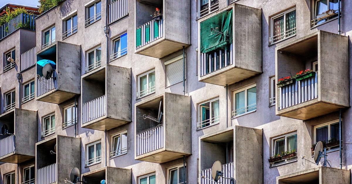 trasformazione del balcone in una veranda